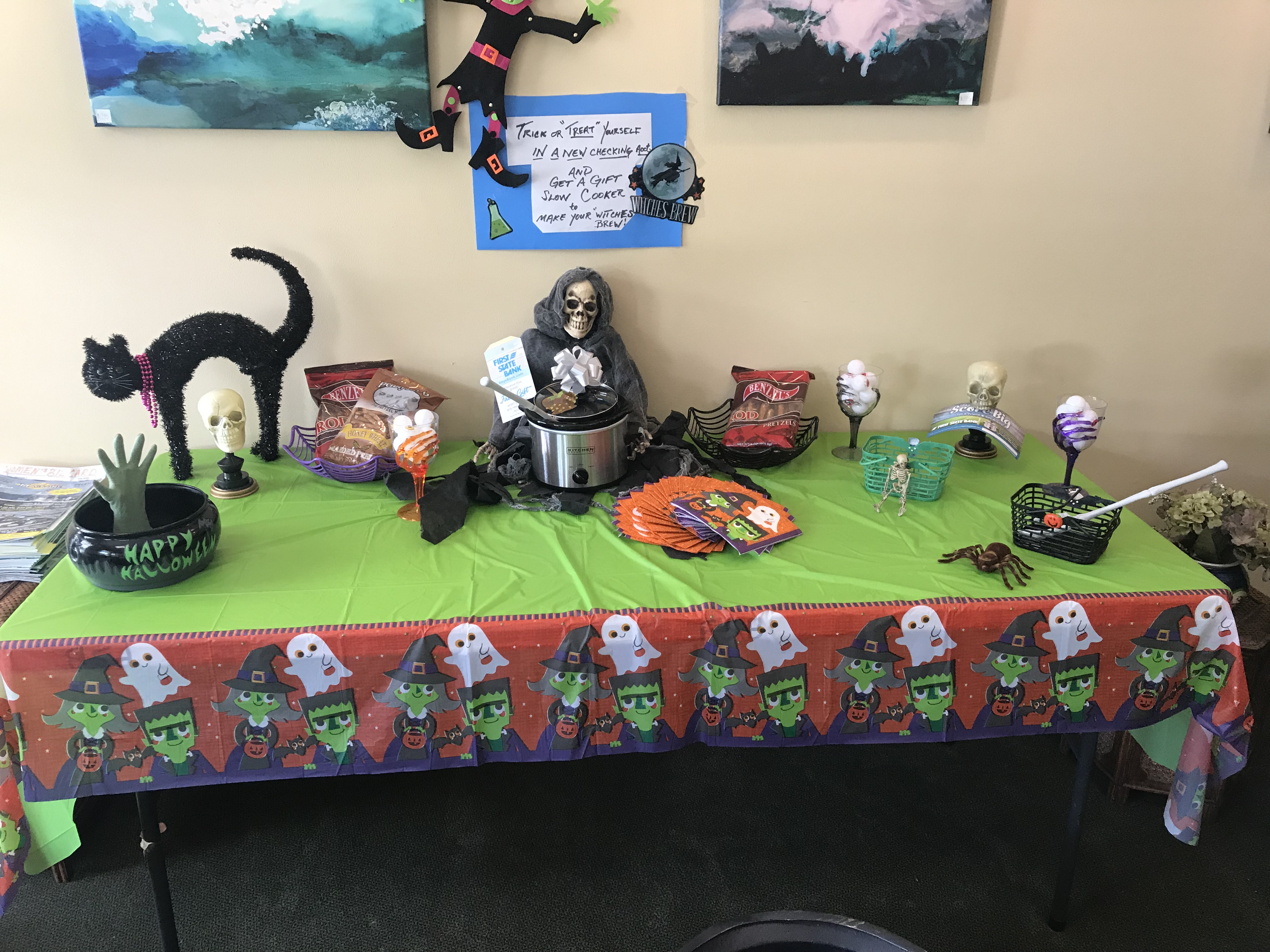 Halloween theme display featuring slow cooker given when opening a Free Checking Account
